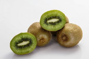 Kiwifruit is a vitamin C rich food, which can help prevent iron deficiency anemia when eaten with non-home iron.
