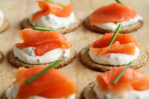 Smoked salmon and lox are best avoided during #pregnancy. More #foodsafety advice here. bit.ly/2cj4W0v