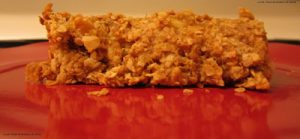 Peanut butter Banana Oatmeal Bar--find more PB recipes at www.eatrightmama.com