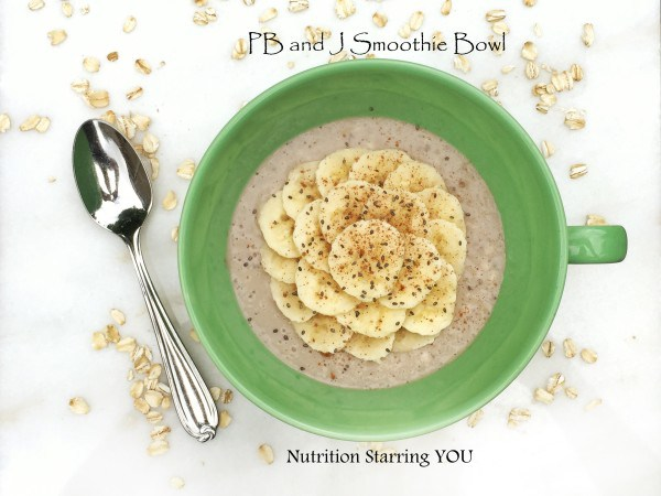 PBJ smoothie? Yes please! www.eatrightmama.com