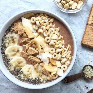 Ooh yum! Another PB Banana smoothie bowl! More PB loves at www.eatrightmama.com
