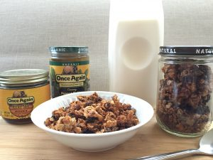 Peanut butter granola and more PB recipes at www.eatrightmama.com