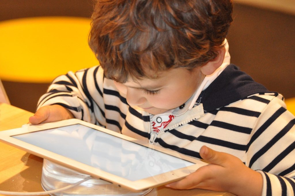 Kids can learn a lot from iPads, but limit total screen time!