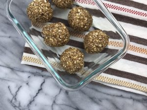Energy bites from Jessica Bust RDN. Find more #peanut #recipes here: